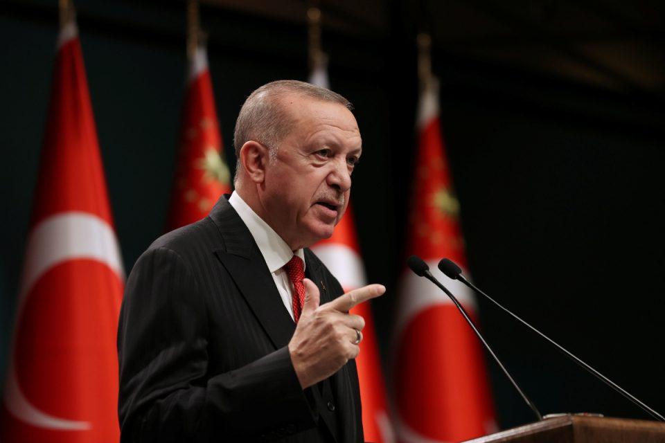 Νέο προκλητικό μήνυμα Ερντογάν για Συνθήκη Λωζάννης: Δεν θα υποκύψουμε σε απειλές και εκβιασμούς