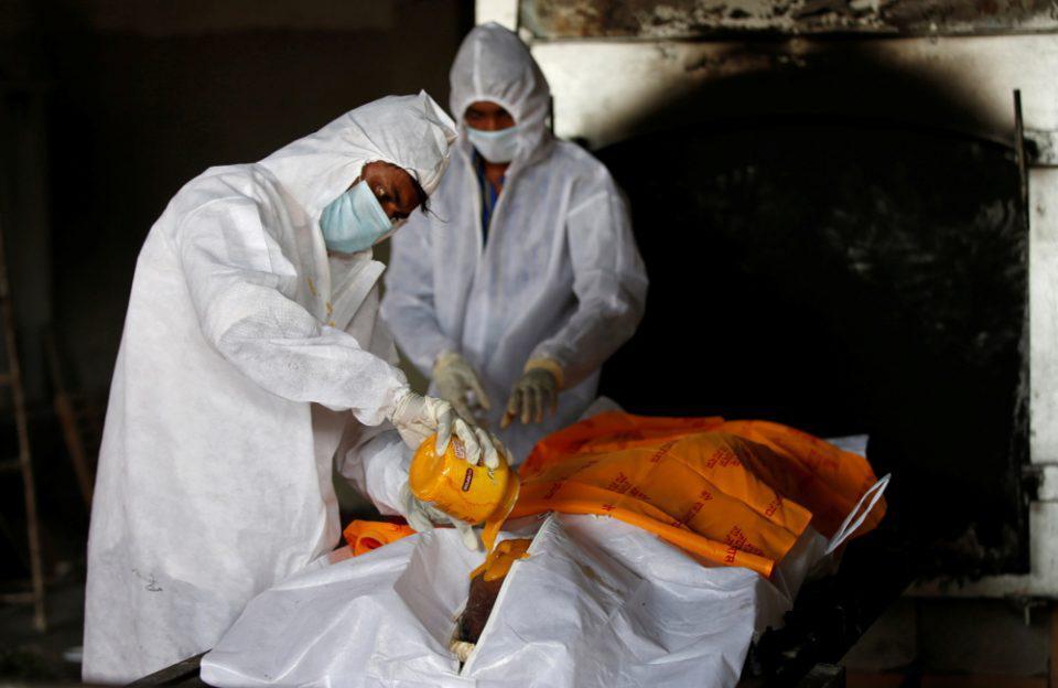 Ινδία: Σπάνια, θανατηφόρα μυκητιασική λοίμωξη σε χιλιάδες αναρρώσαντες από κορωνοϊό
