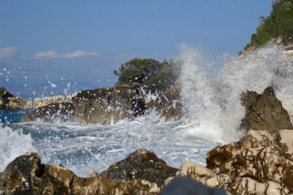 Καιρός: Σκαρφαλώνει ο υδράργυρος – Επιμένουν τα μποφόρ