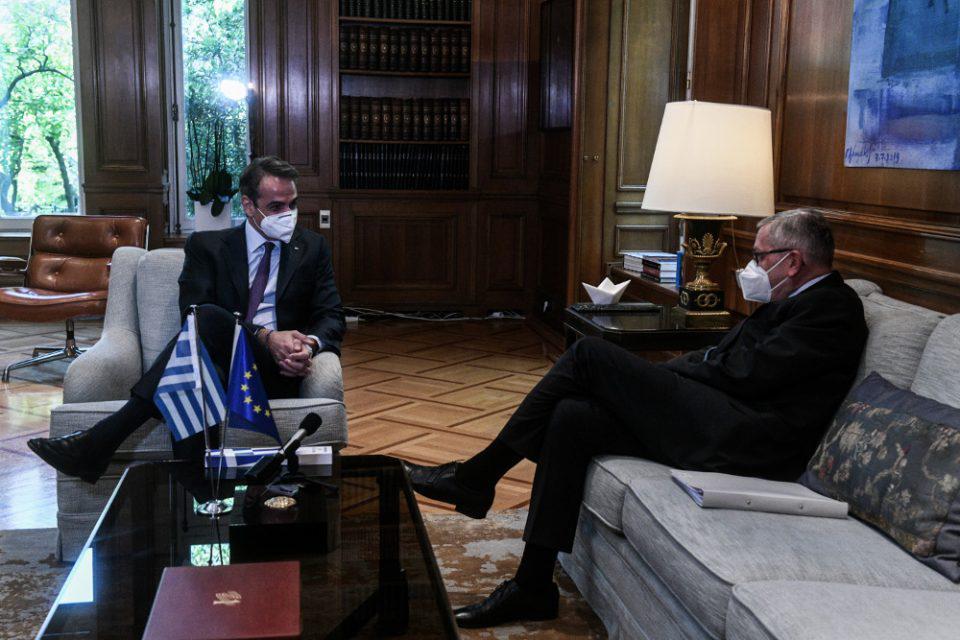 Ρέγκλινγκ σε Μητσοτάκη: Καλό το ελληνικό σχέδιο για το Ταμείο Ανακαμψης