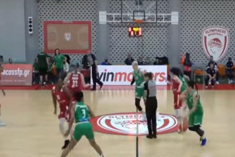 Μπάσκετ γυναικών: Παίκτρια του ΟΣΦΠ στο twitter - «Φίλαθλος του Παναθηναϊκού μου έδωσε 500 ευρώ για να μην σκοράρω»