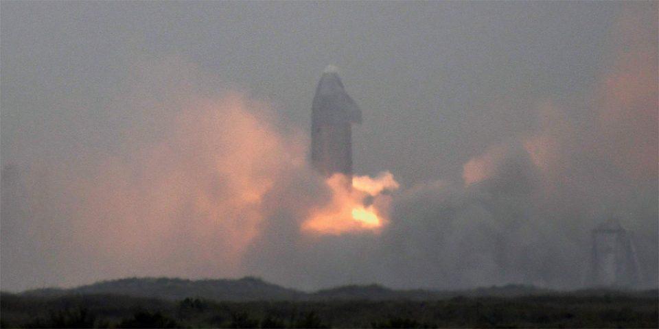 Επιτυχής προσεδάφιση για το Starship της SpaceX!