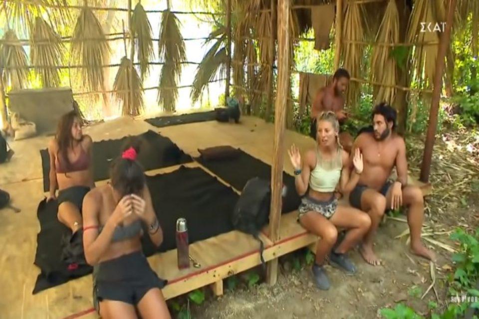 Survivor: Χαμός στο Survivor - «Καρολίνα την τρίτη φορά καίγεσαι» [βίντεο]