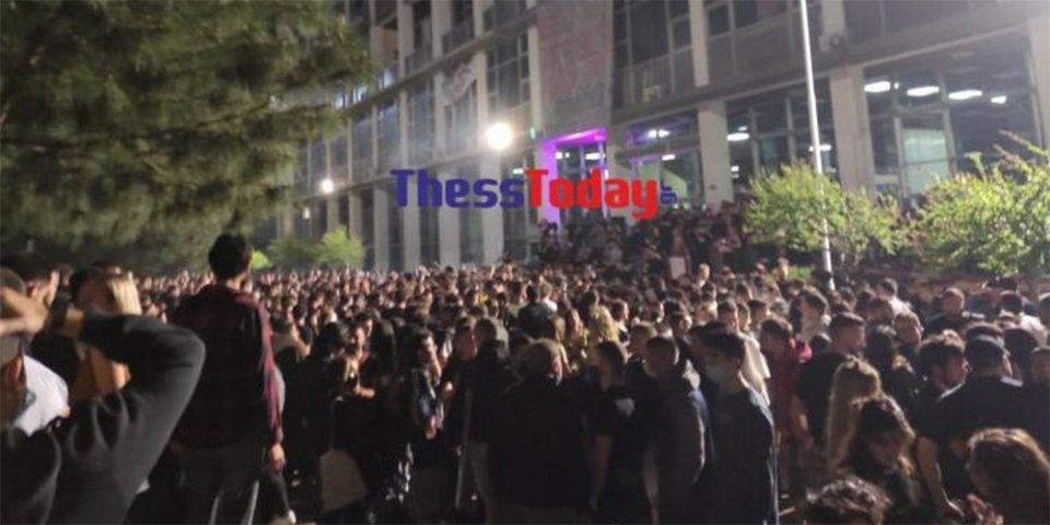Θεσσαλονίκη: Εισαγγελική παρέμβαση για κορωνοπάρτι στο ΑΠΘ