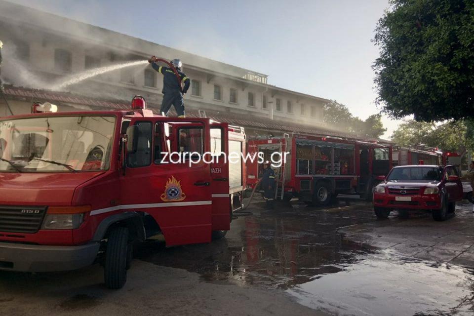 Συναγερμός στα Χανιά: Στις φλόγες η Δημοτική Αγορά