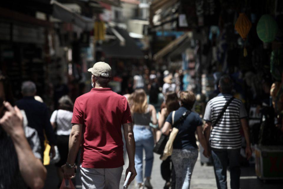 Κορονοϊός: «Βράζει» η Αττική με 1.332 νέα κρούσματα