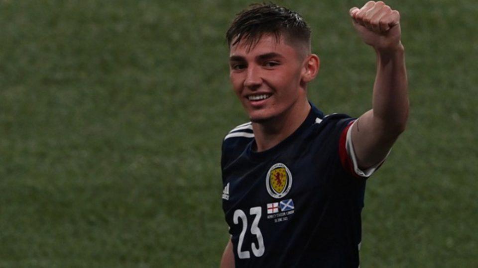 Euro 2020: Άσχημα νέα για την Σκωτία, θετικός στον κορονοϊό ο Γκίλμουρ