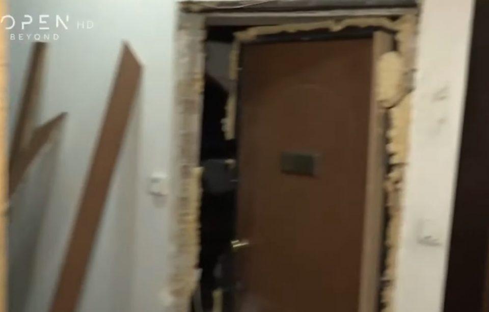 Εξάρχεια: Διέρρηξαν 15 γραφεία σε πολυκατοικία, τη «γλίτωσε» του Τσακαλώτου