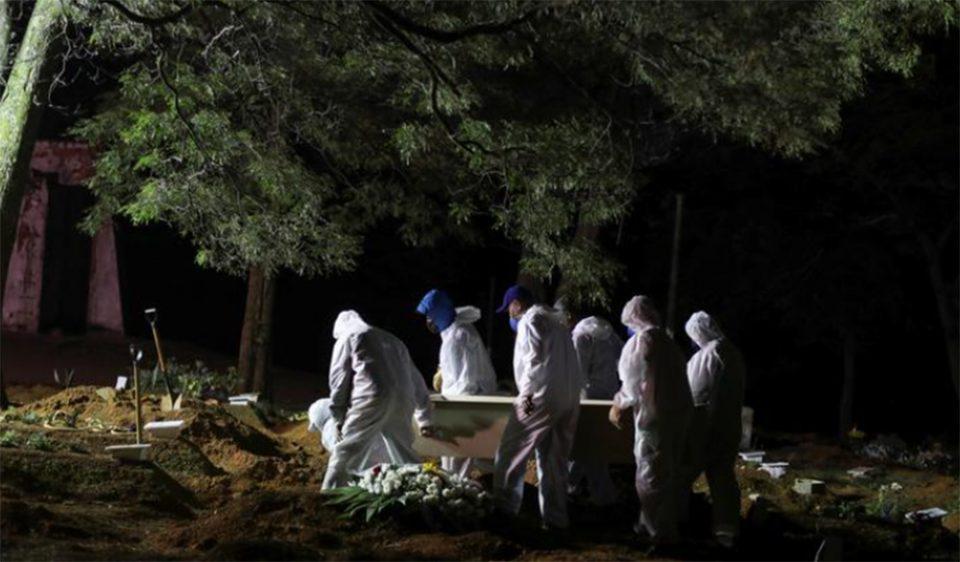 Κορονοϊός: Μια ανάσα από το μισό εκατομμύριο θανάτους η Βραζιλία