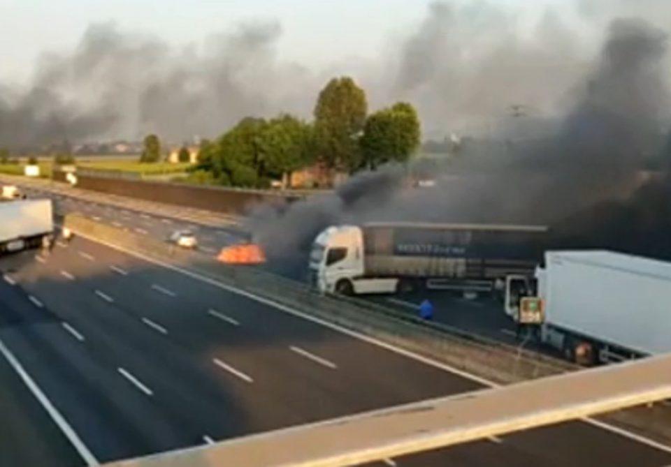 Ληστεία αλά Ιταλικά σε κινούμενο φορτηγό χρηματαποστολής