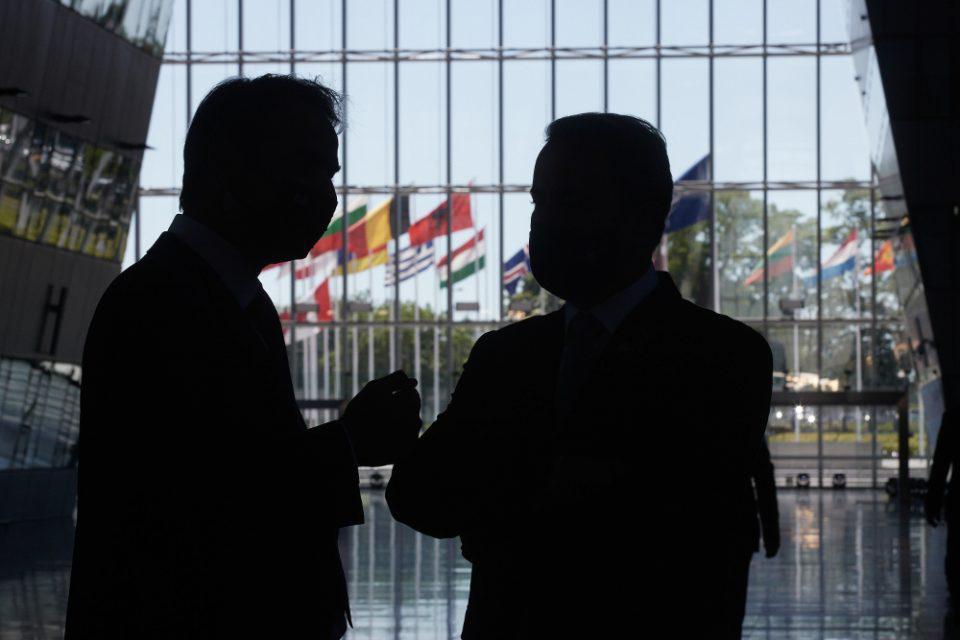 Σύνοδος ΝΑΤΟ: Πώς προστατεύονται τα ελληνικά συμφέροντα απέναντι στις τουρκικές προκλήσεις