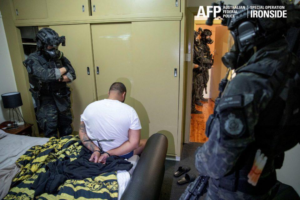 Πάνω 800 συλλήψεις σε μια παγκόσμια επιχείρηση κατά του οργανωμένου εγκλήματος - Σώθηκαν πάνω από 100 ζωές