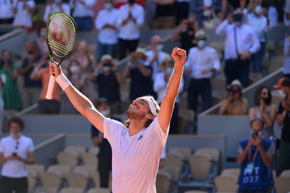 Στέφανος Τσιτσιπάς: «Λύγισε» μετά τον άθλο στο Roland Garros – «Έπαιξα γενναία και θαρραλέα» [βίντεο]