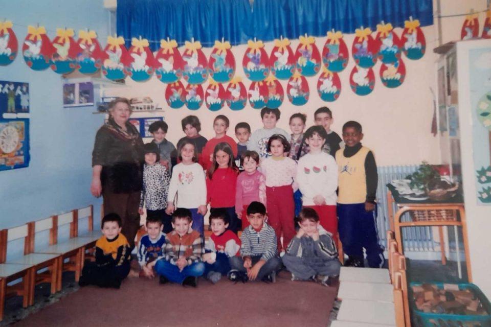 Γιάννης Αντετοκούνμπο: Το μήνυμα της δασκάλας που τον έκανε να συγκινηθεί – Δείτε φωτογραφίες από το σχολείο