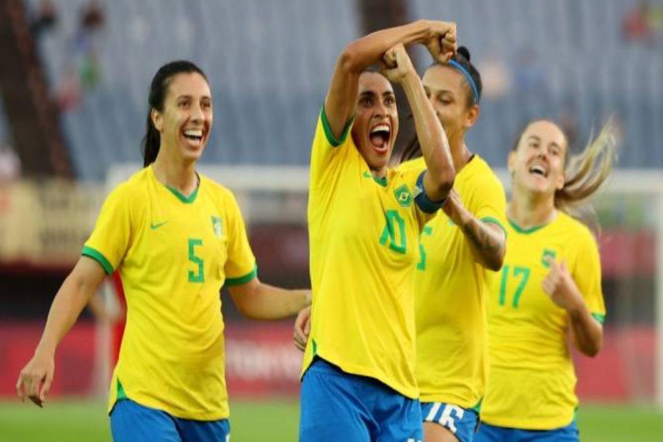 Ολυμπιακοί Αγώνες: Γκολ και θέαμα στην πρεμιέρα του γυναικείου ποδοσφαίρου – Έγραψε ιστορία η Μάρτα, γκολ σε 5 σερί διοργανώσεις