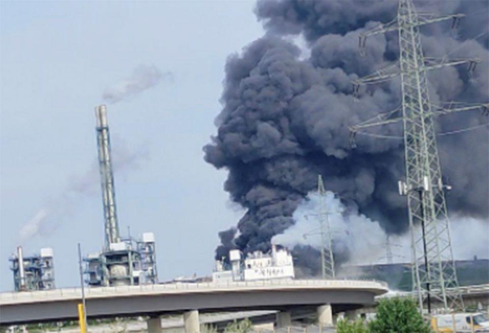 Έκρηξη στο Λεβερκούζεν: Ένας νεκρός, 16 τραυματίες και 4 αγνοούμενοι