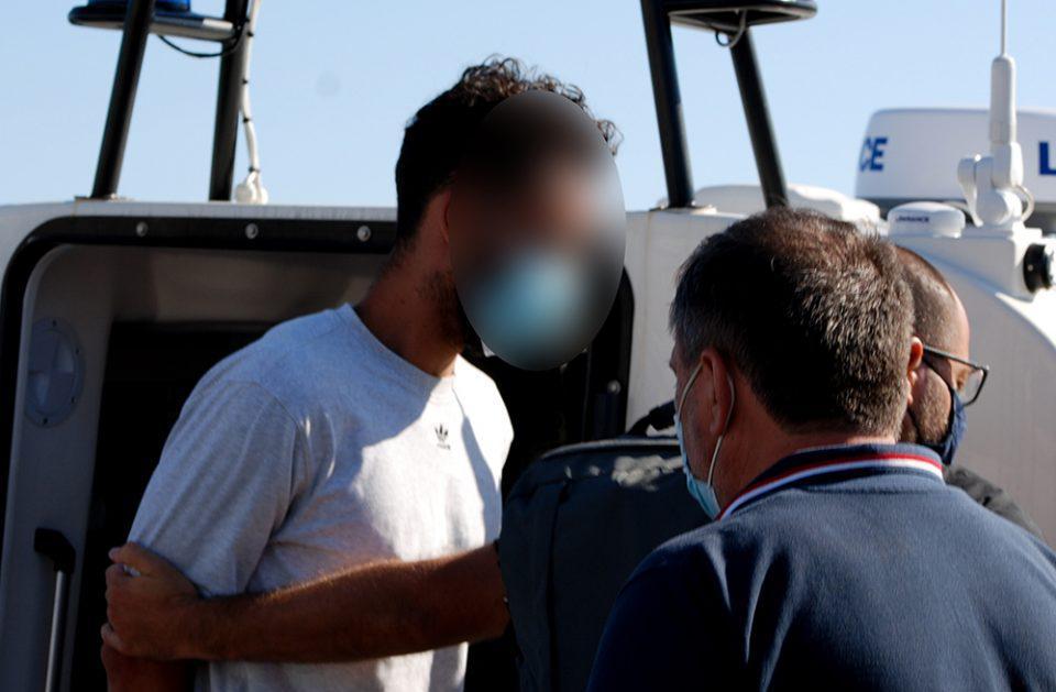 Φολέγανδρος: Εξιτήριο για τον καθ΄ ομολογίαν δολοφόνο της Γαρυφαλλιάς