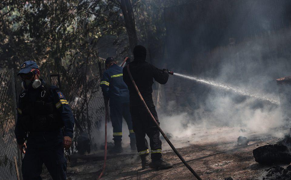 Κόλαση φωτιάς και στον Πύργο: Εκκενώθηκαν άλλες 4 κοινότητες