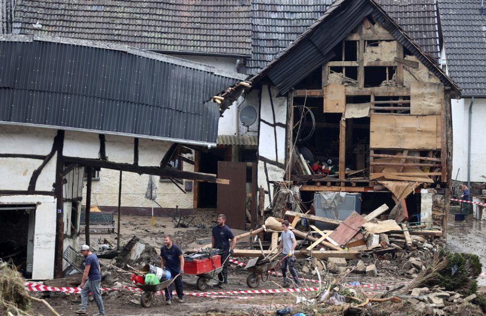 Γερμανία: Στους 141 τα θύματα από την σαρωτική κακοκαιρία