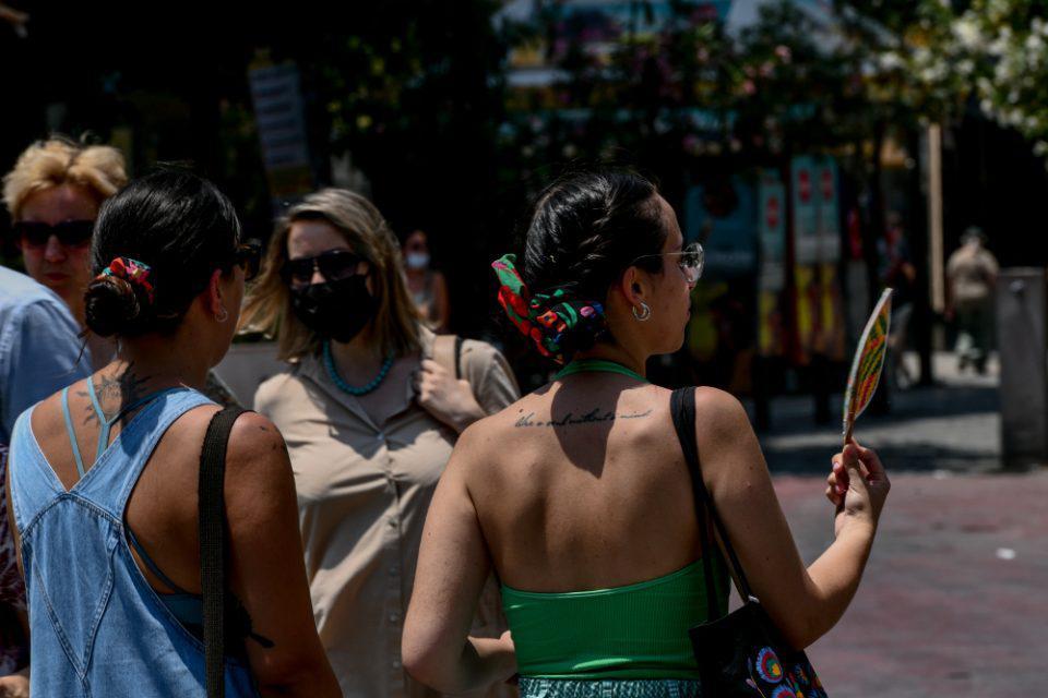 Αρναούτογλου - Καύσωνας : Τι είναι το «ατμοσφαιρικό μποτιλιάρισμα»