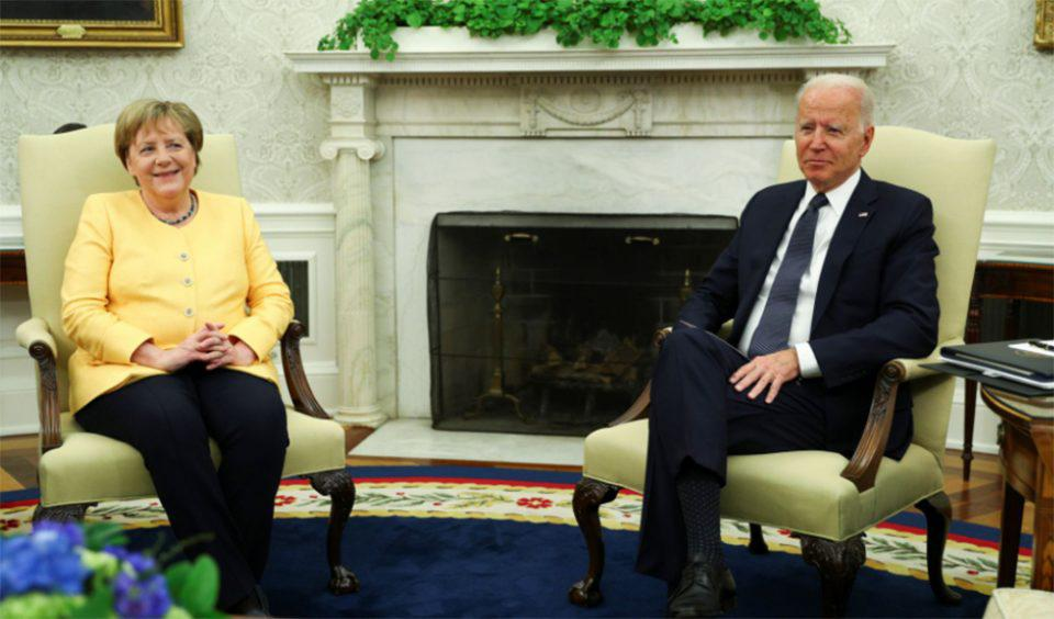 Ο Μπάιντεν υποδέχθηκε στον Λευκό Οίκο την «καλή φίλη» Μέρκελ