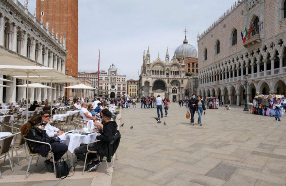 Μετάλλαξη Δέλτα: Σε δύσκολη θέση ο ιταλικός τουρισμός - «Αντέχουν Ελλάδα, Ισπανία και Γαλλία»