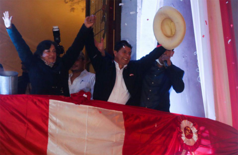 Προεδρικές εκλογές στο Περού: Ο Πέδρο Καστίγιο ανακηρύσσεται νικητής