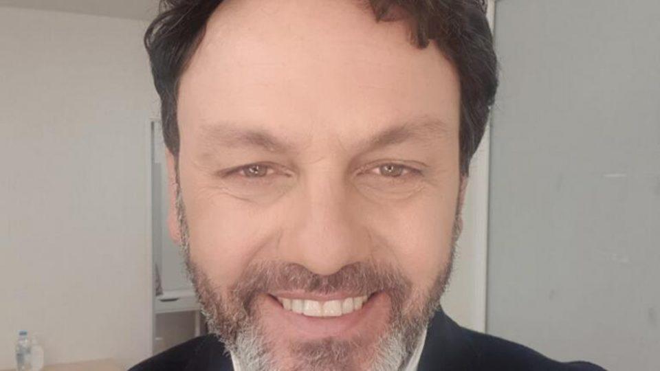 Αγγελόπουλος: Νόσησε από κορονοϊό, αλλά δεν θέλει να εμβολιαστεί