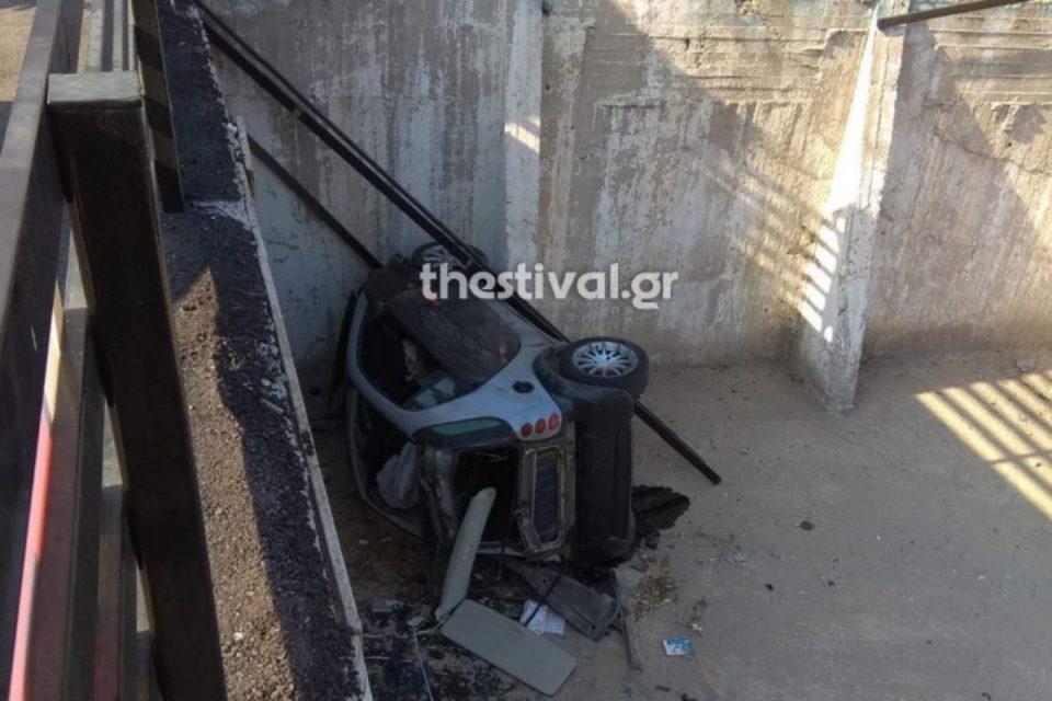 Θεσσαλονίκη: Κινηματογραφική καταδίωξη στη Νικόπολη – ΙΧ βρέθηκε «ουρανοκατέβατο» σε πάρκινγκ