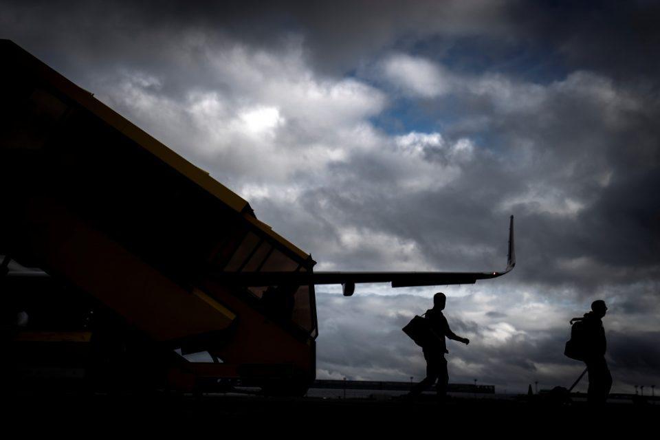 Reuters: Στο Πακιστάν ελληνικό αεροσκάφος για να πάρει 18 Αφγανούς