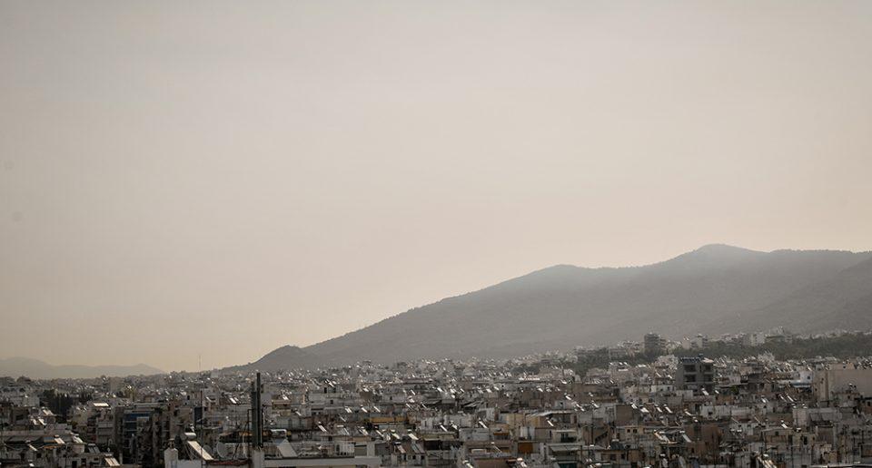 Μπεχράκης στον «Ε.Τ.»: Κλειστά παράθυρα στα καμένα της Αττικής