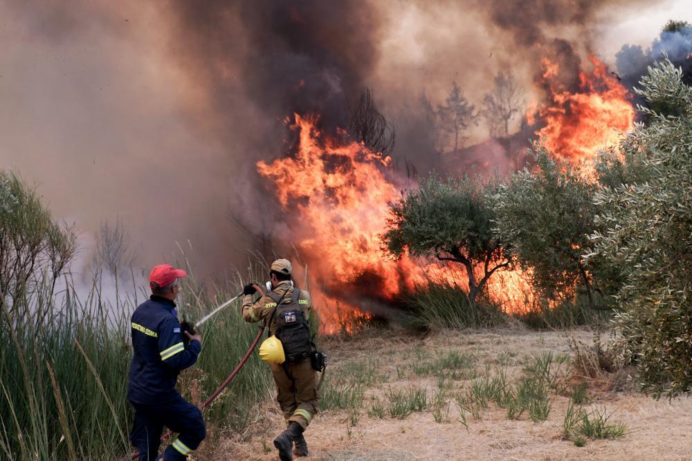 Αρχαία Ολυμπία: Εκκενώνονται ακόμη οκτώ κοινότητες λόγω της φωτιάς