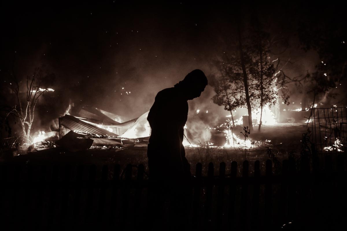 Πύρινη κόλαση σε όλη τη χώρα – 81 πυρκαγιές σε ένα 24ωρο, το μήνυμα Χαρδαλιά για τη φωτιά στη Βαρυμπόμπη