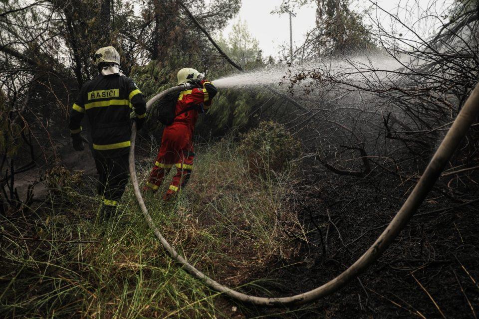 Φωτιά: Οι μεγαλύτερες περιφέρειες κινδυνεύουν από τις φλόγες – Δείτε τον χάρτη