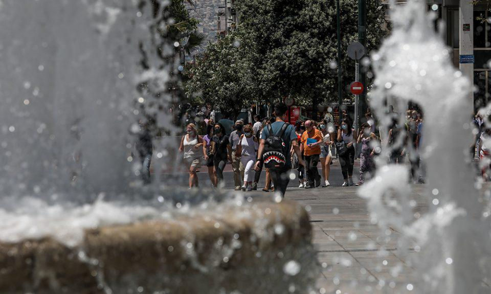 Καιρός: Ζέστη και αφρικανική σκόνη σήμερα Δευτέρα