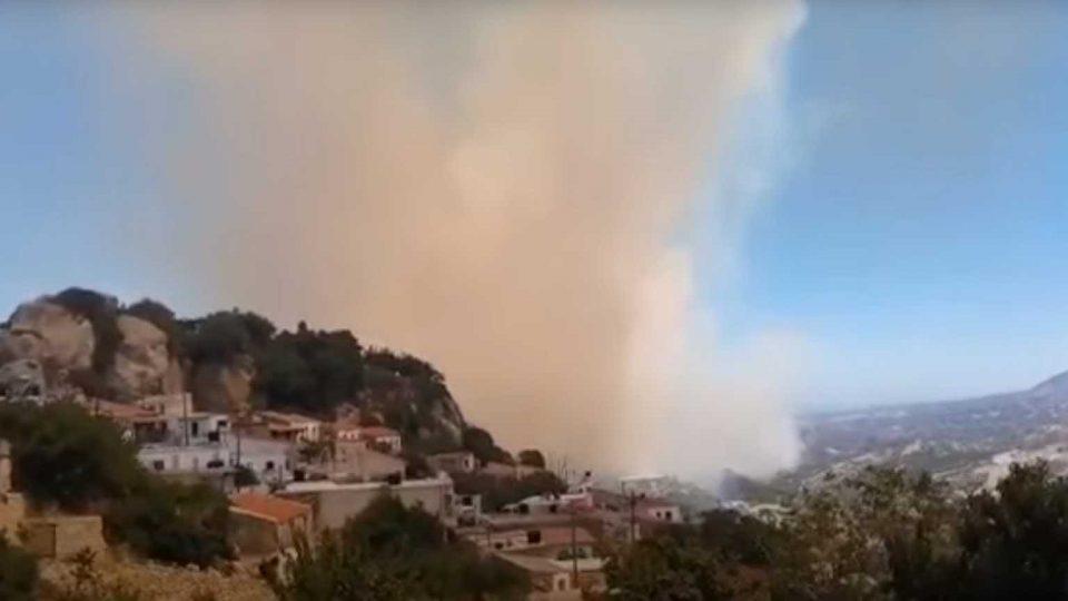 Φωτιά στην Κρήτη: Μάχη με τις φλόγες στον Άγιο Θωμά – Συναγερμός στην Πυροσβεστική