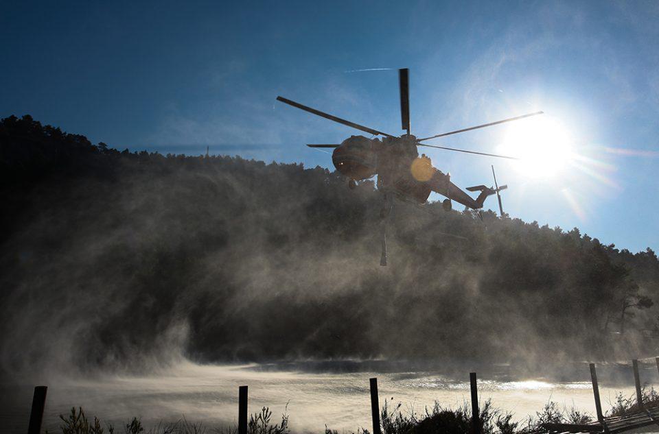 Ξεπέρασαν τις 1.200 ώρες πτήσης τα πυροσβεστικά αεροσκάφη της ΠΑ