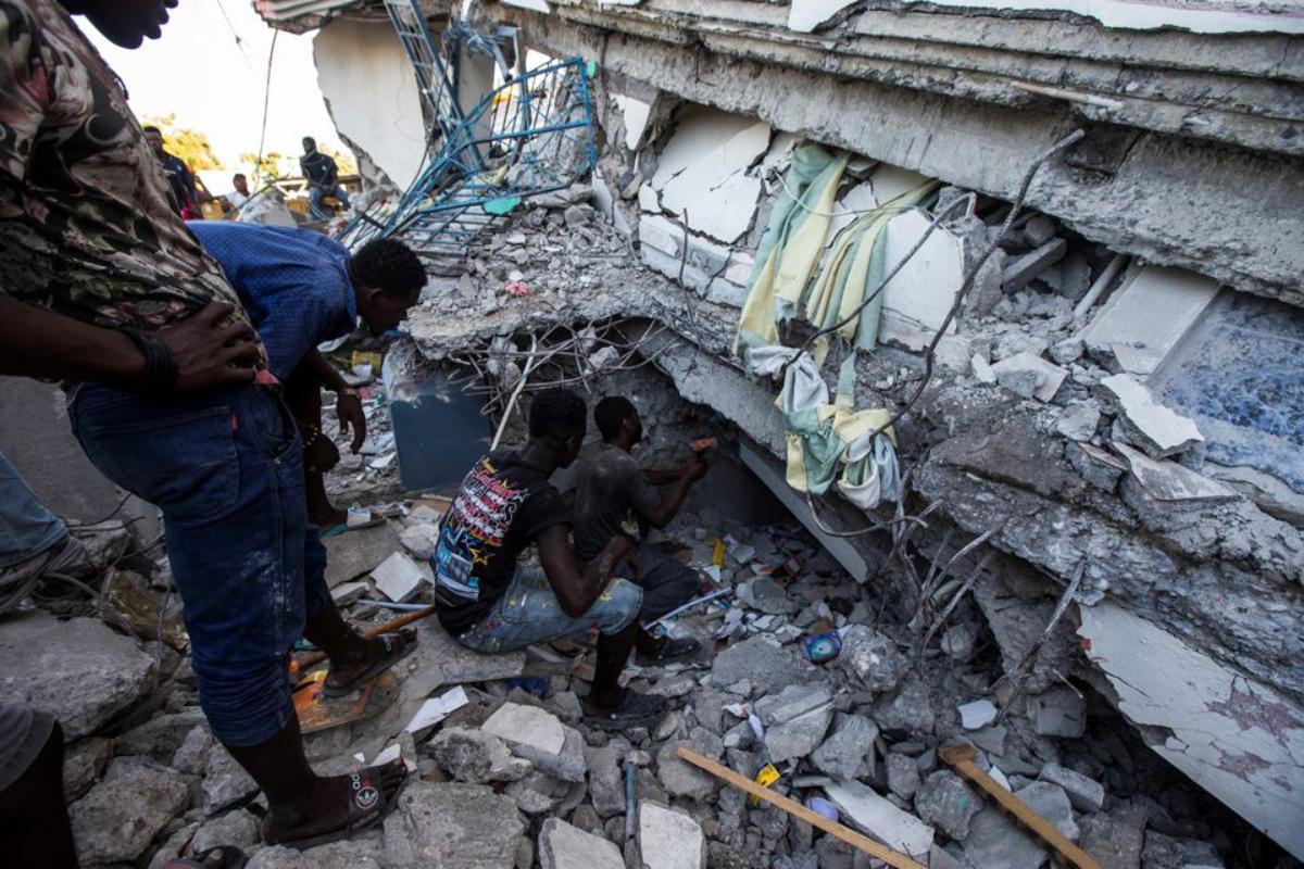 Σεισμός στην Αϊτή: Στους 724 οι νεκροί - Η χώρα μετρά τις πληγές της