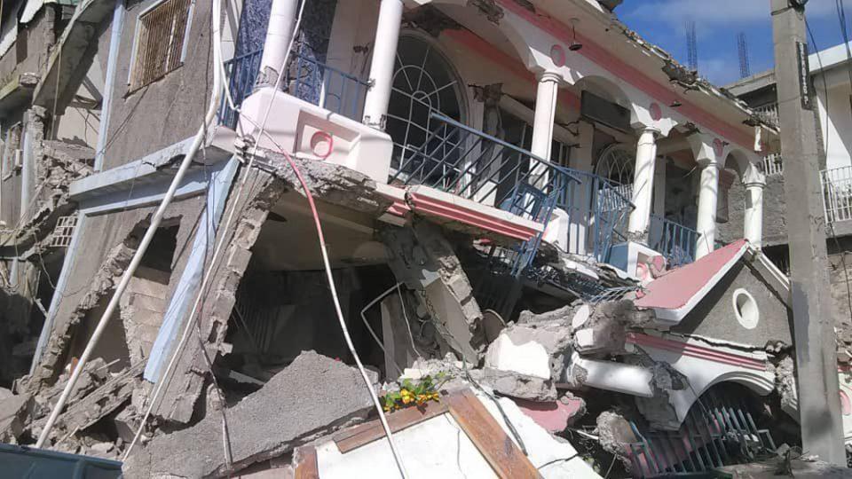 Σεισμός στην Αϊτή: Νεκροί και τραυματίες από τα τρομακτικά 7,2 Ρίχτερ - Μεγάλες καταστροφές