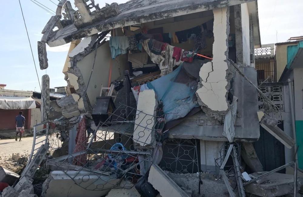 Σεισμός στην Αϊτή: Νεκροί και τραυματίες από τα τρομακτικά 7,2 Ρίχτερ
