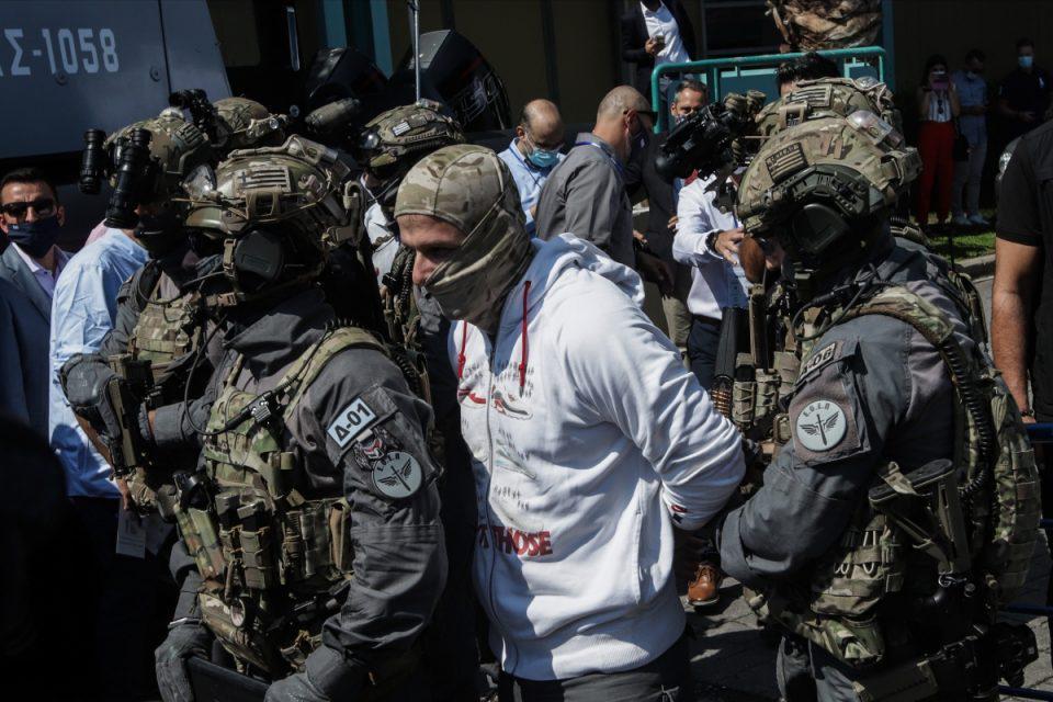 ΔΕΘ 2021: Σύλληψη τρομοκράτη μπροστά στον Πρωθυπουργό – Εντυπωσίασε η επιχείρηση του Λιμενικού