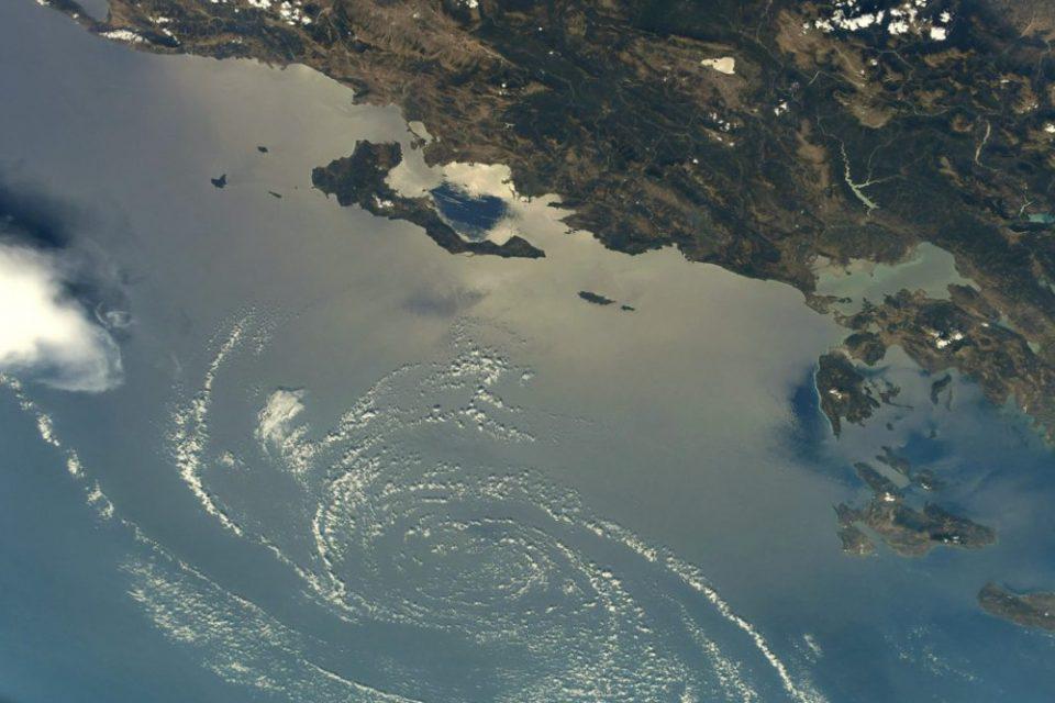 Εντυπωσιακή φωτογραφία: Έτσι είναι η Κέρκυρα από το διάστημα
