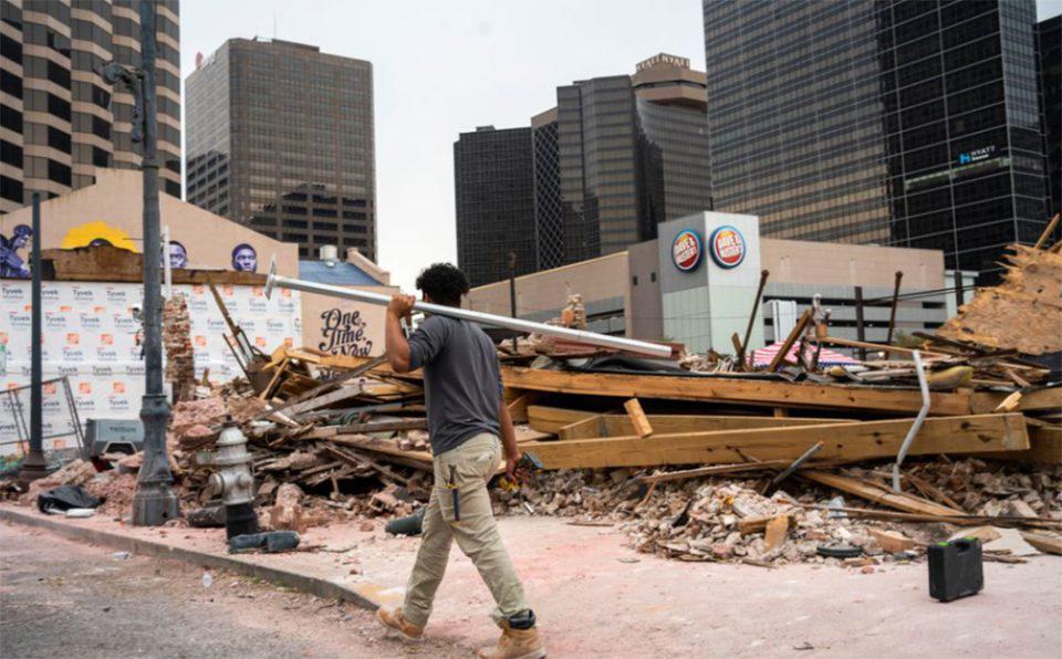 Σαρώνει τις ΗΠΑ ο κυκλώνας Άιντα: Τους 26 έφτασαν οι νεκροί