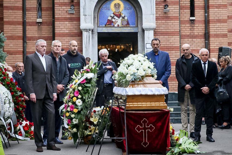 Κηδεία Ίβκοβιτς: Ήταν όλοι εκεί – Τι δήλωσαν Σπανούλης, Γ. Αγγελόπουλος, Ιτούδης και Παπαλουκάς