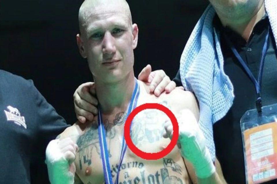 «Γροθιά» στον φασισμό: Ναζιστής Ιταλός έχασε από Μαροκινό μετανάστη και αποβλήθηκε λόγω των τατουάζ του