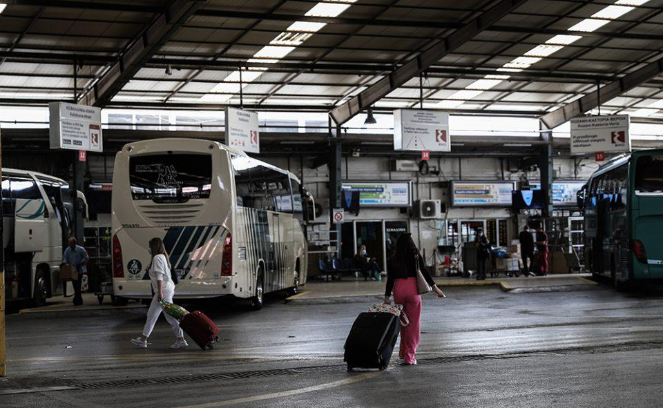 Νέα μέτρα: Τι αλλάζει στις μετακινήσεις από Δευτέρα