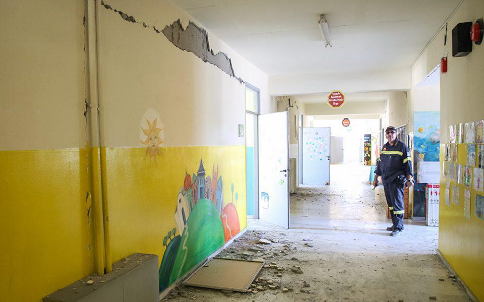 Σεισμός στο Ηράκλειο: Νέες καταρρεύσεις κτισμάτων από τη νέα δόνηση