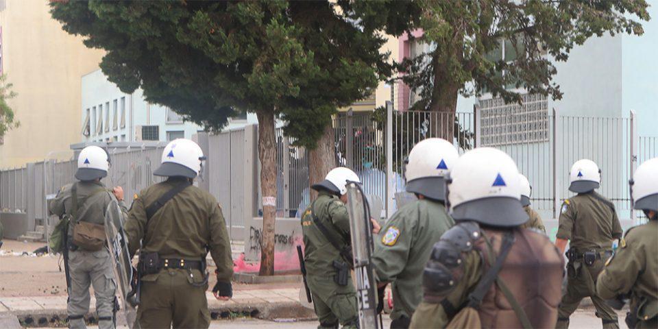 ΕΠΑΛ Ευόσμου: Συγκλονίζει η δημοσιογράφος που δέχθηκε επίθεση
