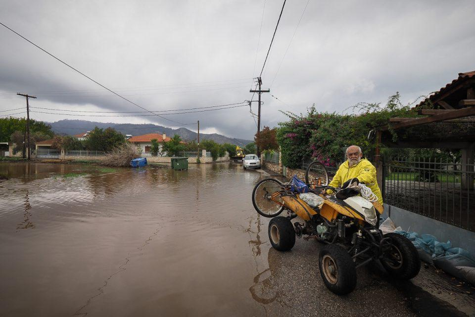Κακοκαιρία «Αθηνά»: Έπεσαν 700 χιλιοστά βροχής σε 72 ώρες στη Ζαγορά Πηλίου - Διπλάσια από όσα ρίχνει σε έναν χρόνο στην Αθήνα